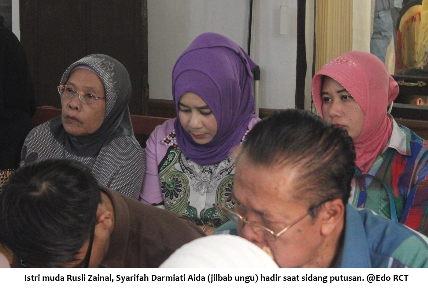 Istri muda RZ Syarifah hadir saat sidang putusan