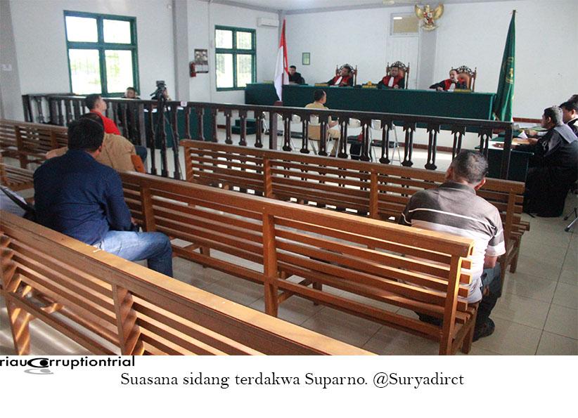 Suasan sidang Suparno