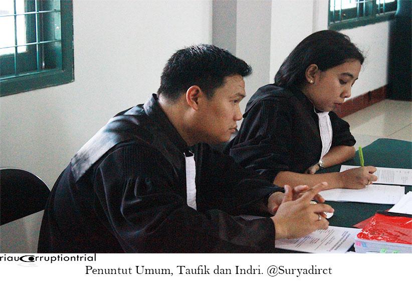 Taufik dan Indri