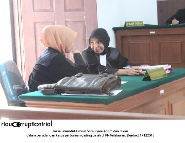Jaksa Penuntut Umum Srimulyani anom 17 des 2015
