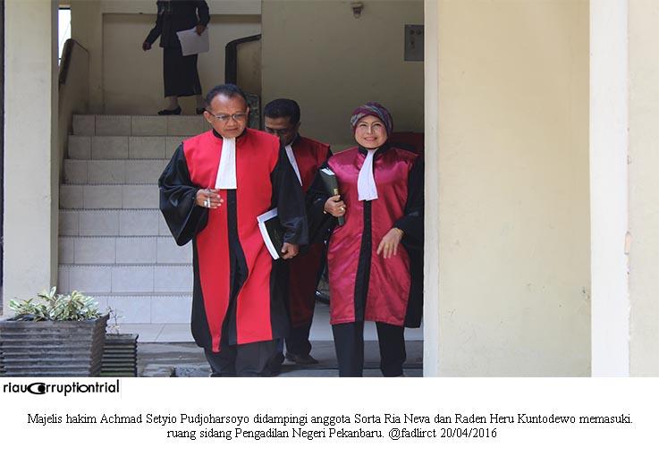 majelsi hakim cls 20 april 2016