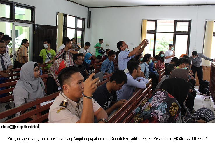 pengunjung sidang cls 20 april 2016