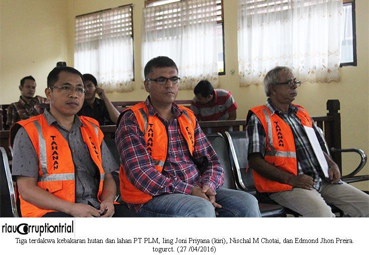 3 terdakwa PT PLM. 27-04-2016